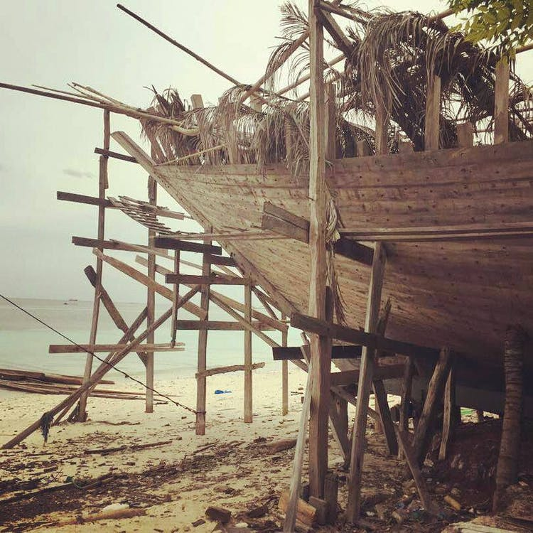 boatbuilding in Bira